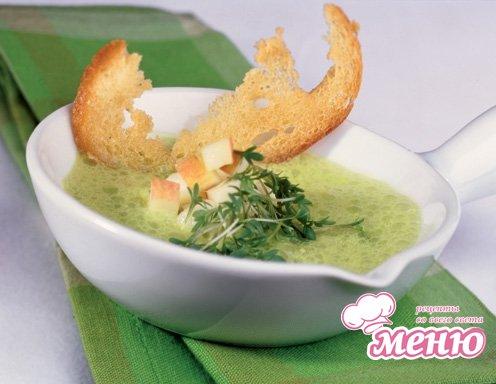 Холодный суп с яблоком