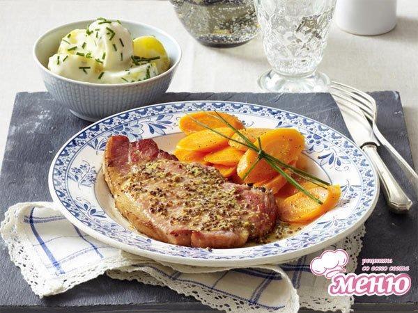 Отбивные из свинины с морковью